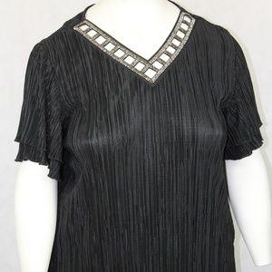 Christopher & Banks Easy Wear Crinkle Top Black
